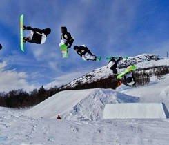 Also an excellent snowboarder