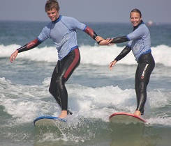 Fun with friends in the surf lessons Vieux Boucau