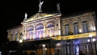Teatro Nacional by Night