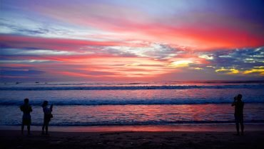 Wellen am Kuta Beach
