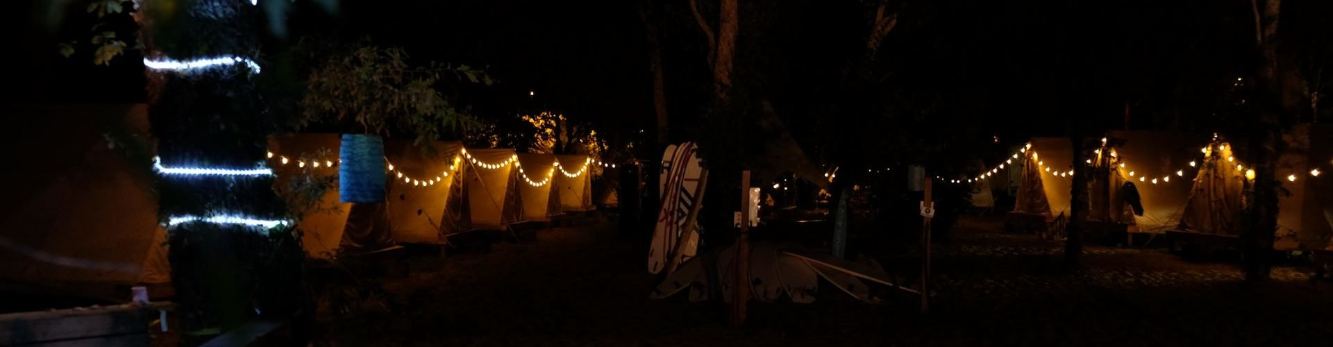 Moliets Komfortable glamping Zelte bei Nacht