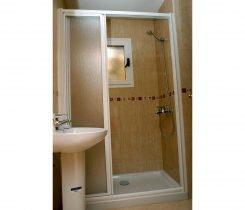 Apartmentos Serenada - baño con ducha