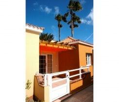 Apartmentos Serenada - entrada terraza
