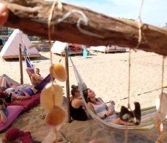 Relax en la zona común - Surf camp Vieux Boucau