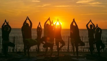 Sunset yoga - Surf camp Vieux Boucau