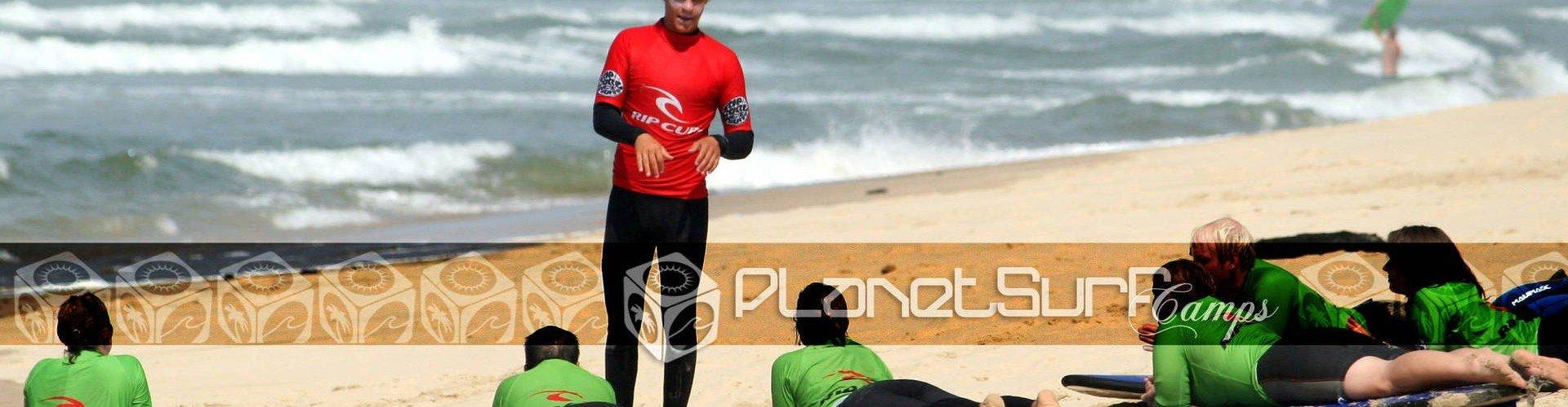 Surfkurs am Strand Sand in Frankreich
